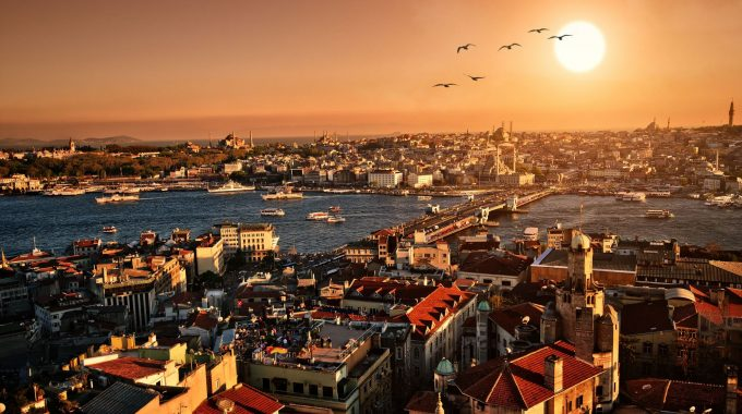 Live & Learn Turkish Language In Istanbul