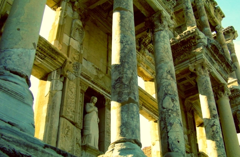 ephesus celsius library izmir turkey